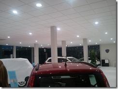 Iluminación de la exposición del concesionario FIAT en Córdoba (4/6)